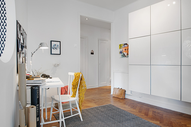 renovated-1930s-apartment-is-fun-and-fabulous-opposite-desk.jpg