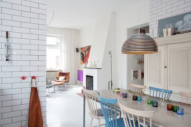 sunny-and-tastefully-renovated-swedish-apartment-4.jpeg