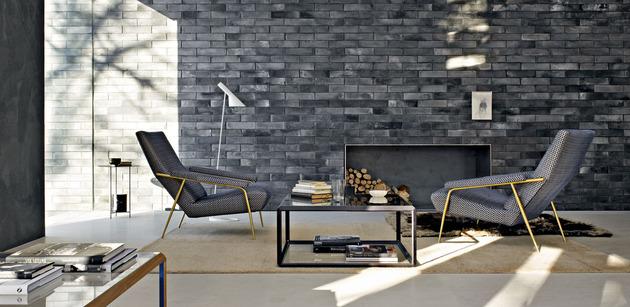 glass-house-wows-modern-creativity-artistic-designs-7-fireplace.jpg
