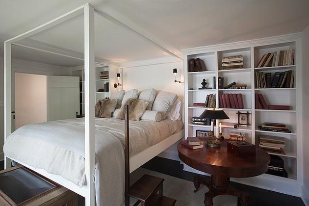 casually-elegant-historic-home-14-master-bedroom.jpg
