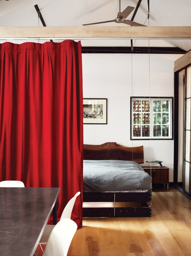 retractable-bed-for-small-interiors-3-down-curtain.jpg