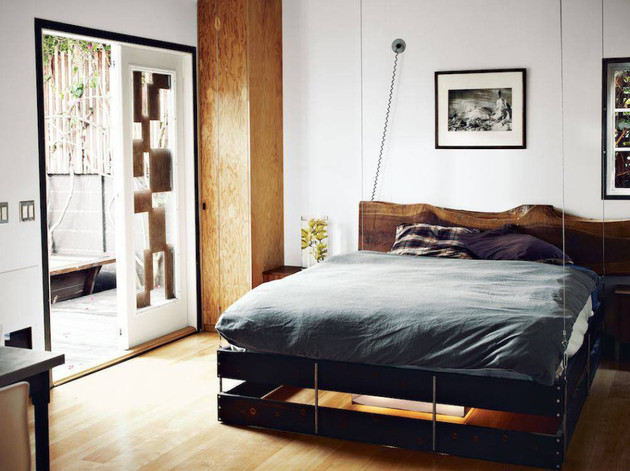 retractable-bed-for-small-interiors-4-down-angle.jpg