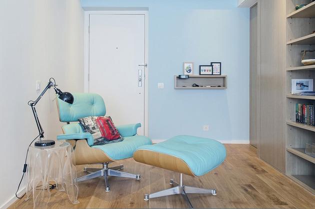 ideas-small-space-lifestyles-6-eames-chair.jpg