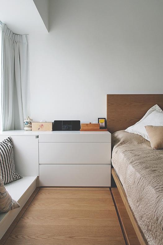 ideas-small-space-lifestyles-9-bedroom.jpg