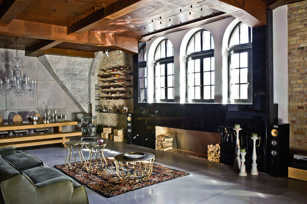 eclectic loft apartment budapest shay sabag 1 living thumb 630xauto 32442 Eclectic Loft Apartment in Budapest by Shay Sabag