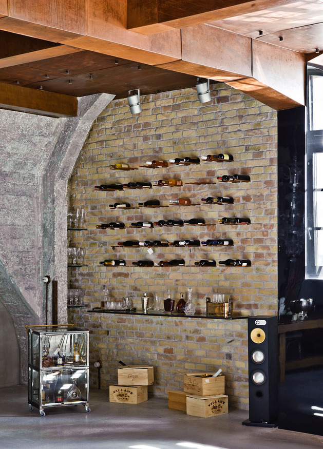 eclectic-loft-apartment-budapest-shay-sabag-11-wine-wall.jpg