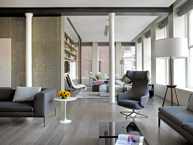 eclectic ny loft combines classical columns and concrete walls 1 thumb 630xauto 32654 Classical Columns and Naked Concrete Walls Mix in Stylish NY Loft