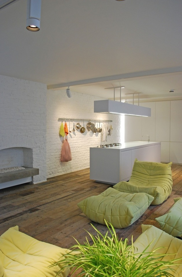 london-warehouse-loft-apartment-8.jpg