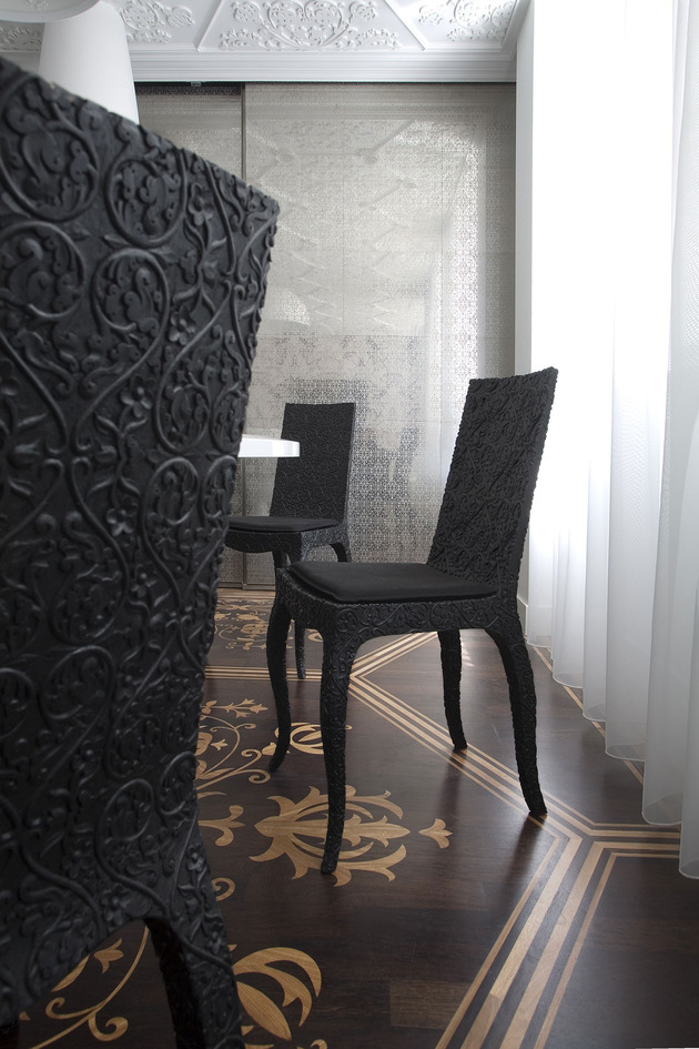 home-textures-patterns-visceral-experience-5-chairs.jpg