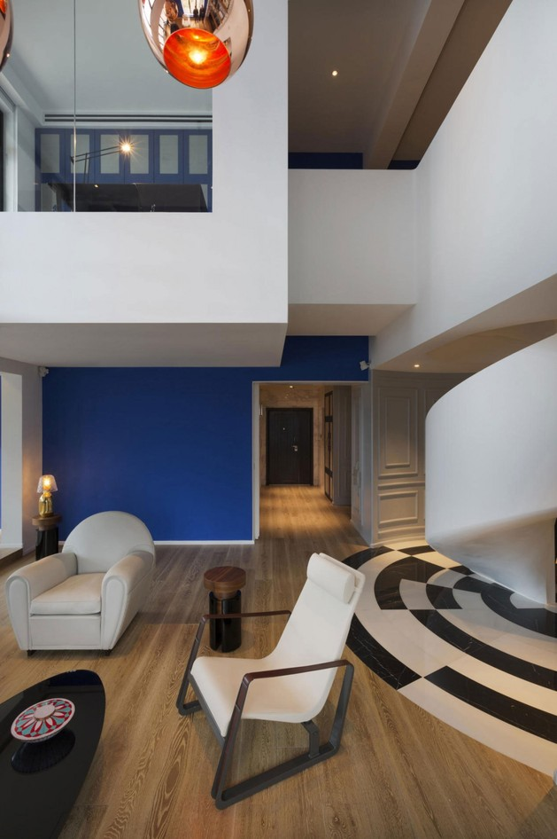 stylish and elegant penthouse in white and blue 2 thumb autox946 39403 Stylish and Elegant Penthouse in White and Blue