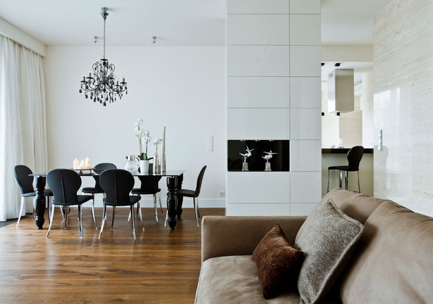 contrasting neutrals create exciting drama apartment 1 dining thumb 630xauto 41506 Contrasting Neutrals Create Exciting Drama in Apartment