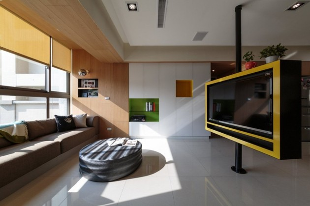 pivoting tv turns playful apartment into entertainment area 1 thumb 630xauto 41694 Pivoting TV Turns Playful Apartment into Entertainment Area