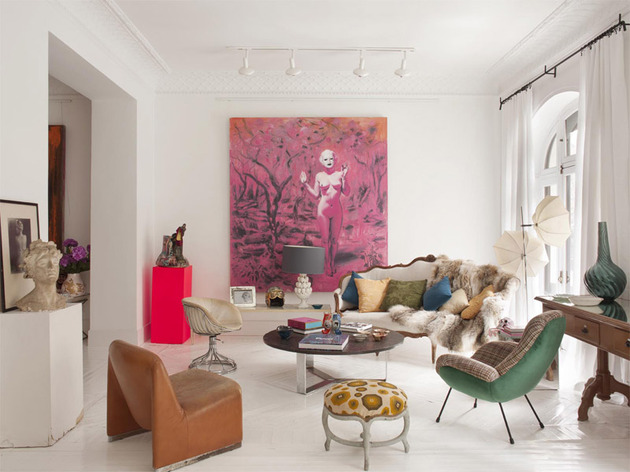 vibrant art and modern furnishings showcased in classic apartment 1 thumb 630xauto 42300 Wonderland esque Apartment by Maria Llado: proving that more is more, and its never enough