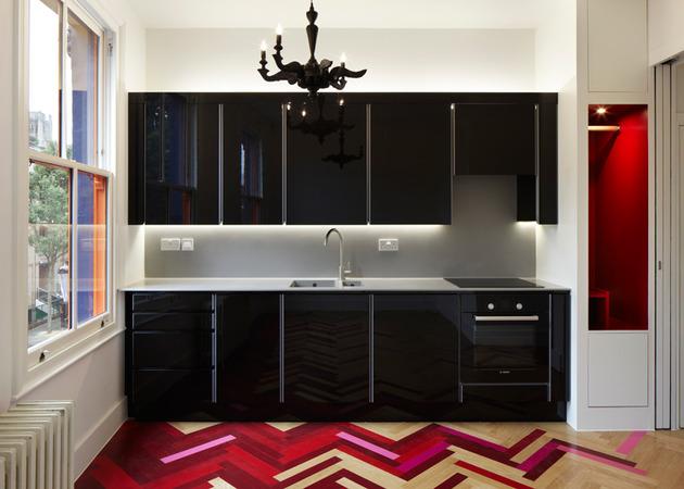 colorful-graphic-interiors-featuring-bright-herringbone-floors-4.jpg