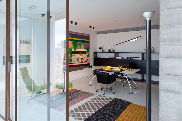 colour-popping-penthouse-uninterrupted-views-4-sides-8-office2.jpg