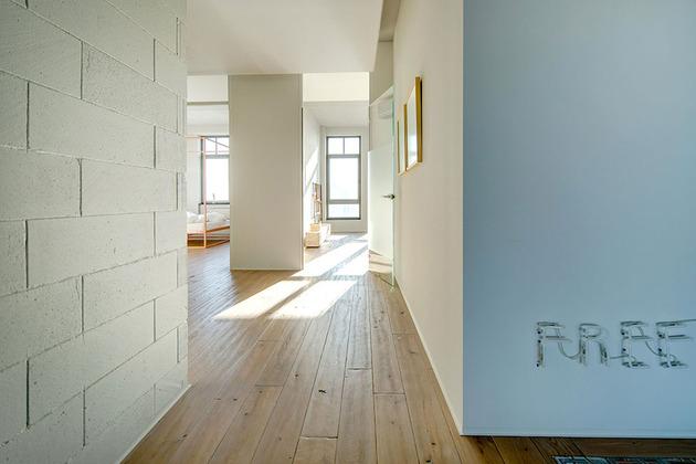 contemporary-open-plan-loft-pale-colour-palette-14-hall.jpg