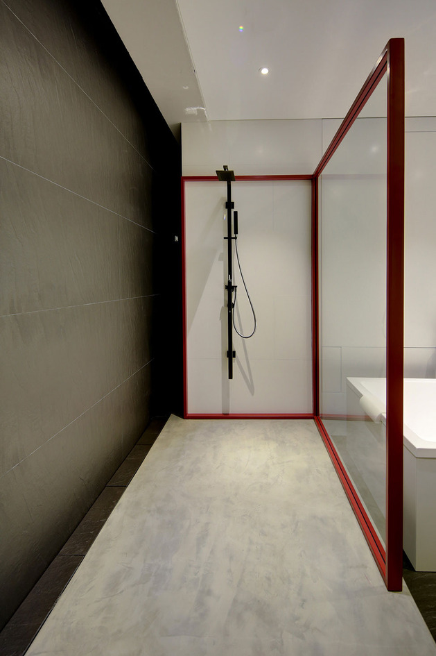 contemporary-open-plan-loft-pale-colour-palette-19-shower.jpg