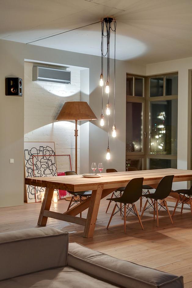 contemporary-open-plan-loft-pale-colour-palette-6-dining.jpg
