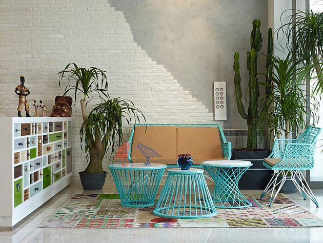 eclectic-interior-splashed-in-colorful-furniture-and-art-4.jpg