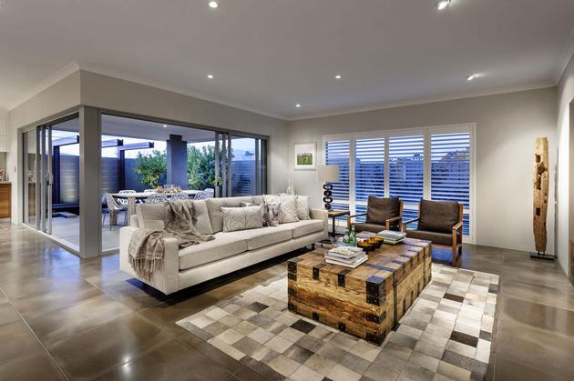 super cozy elegant home craftsmanship rustic elements 1 family thumb 630xauto 44661 Super Cozy Elegant Home combines Craftsmanship with Rustic Elements
