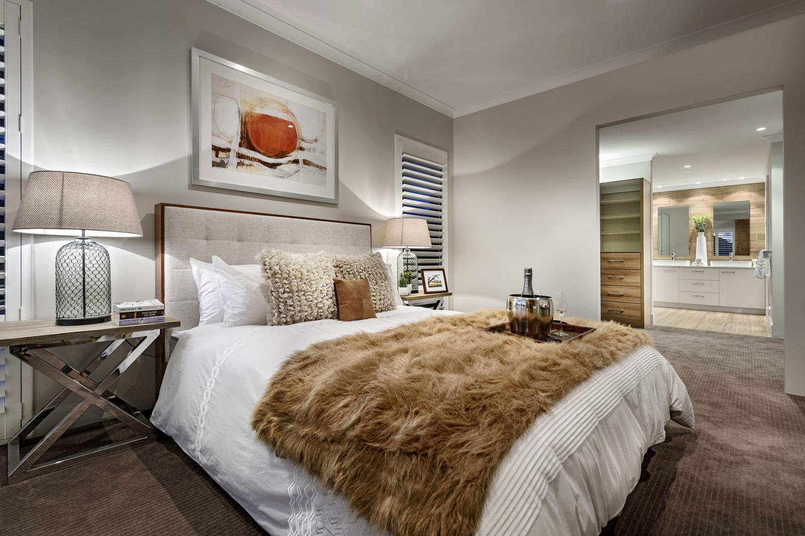 Super Cozy Elegant Home combines Craftsmanship with Rustic ...