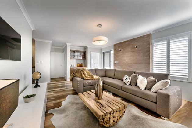 super-cozy-elegant-home-craftsmanship-rustic-elements-12-upstairs.jpg