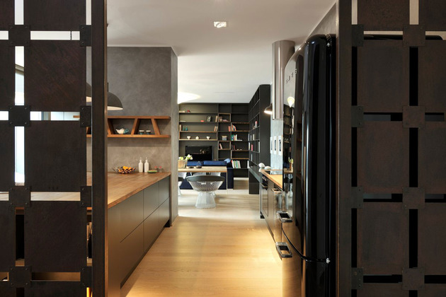 artsy-elements-apartment-fun-functional-3-kitchen.jpg