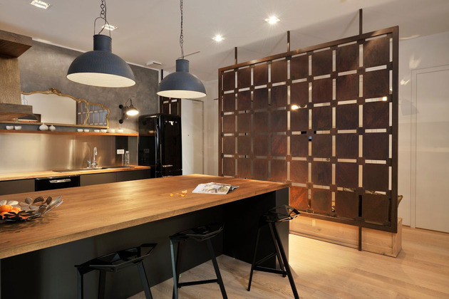 artsy-elements-apartment-fun-functional-5-kitchen.jpg