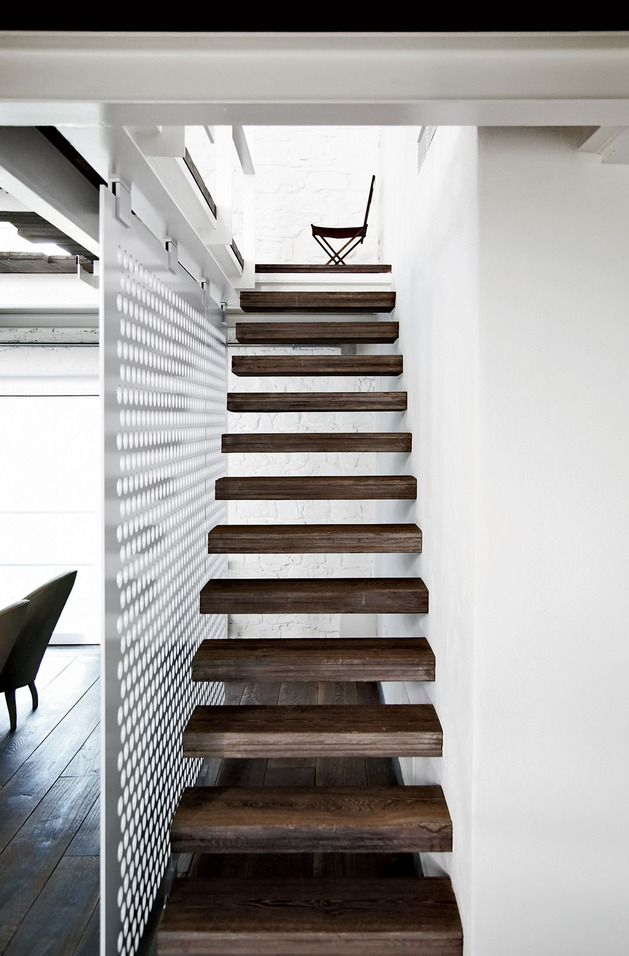 warehouse-renovation-ramps-up-visual-volume-4-stairs.jpg