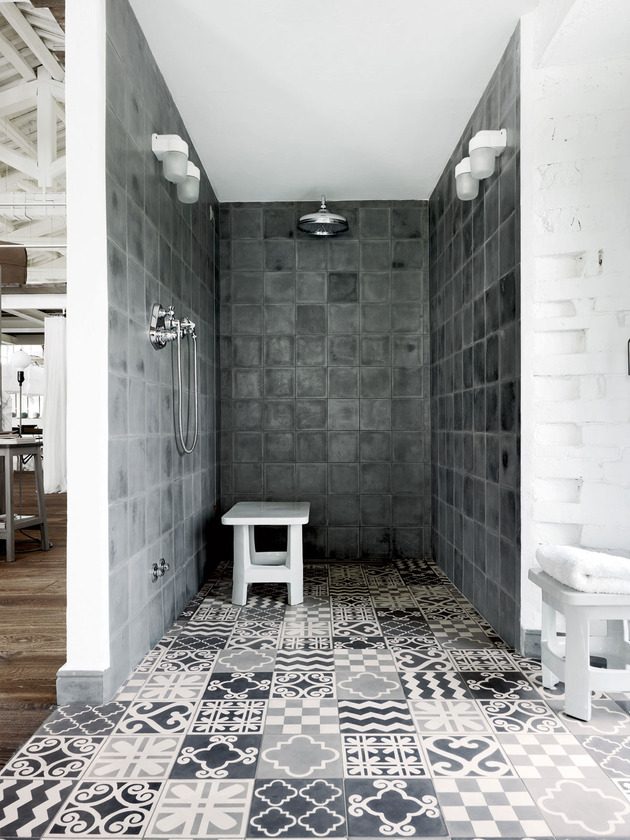 warehouse-renovation-ramps-up-visual-volume-9-shower.jpg