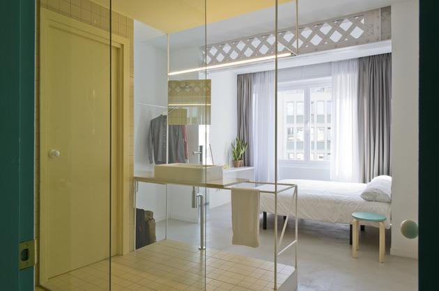 alfresco-apartment-brick-sitting-area-indoor-outdoor-appeal-23.jpg