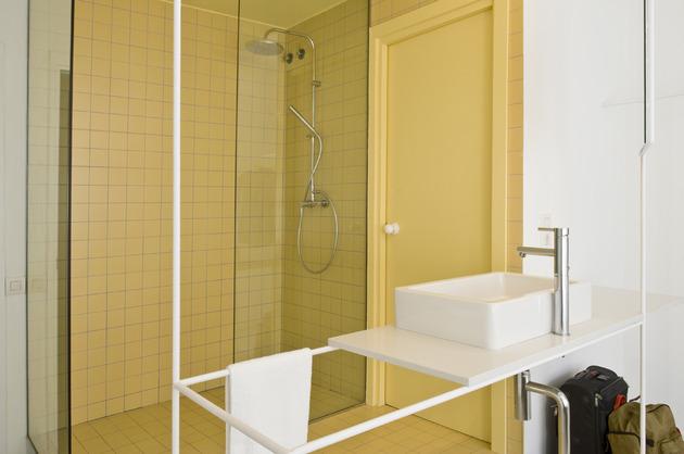 alfresco-apartment-brick-sitting-area-indoor-outdoor-appeal-24.jpg