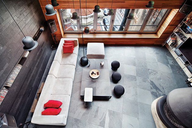 modern-bachelor-pad-with-open-interior-made-for-one-8.jpg