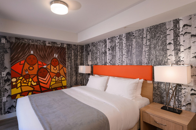 bedrooms skwachays forest spirits suite 1 thumb 630xauto 47718 Steal This Look: Aborigonal Art Bedrooms and Sweet Dreams