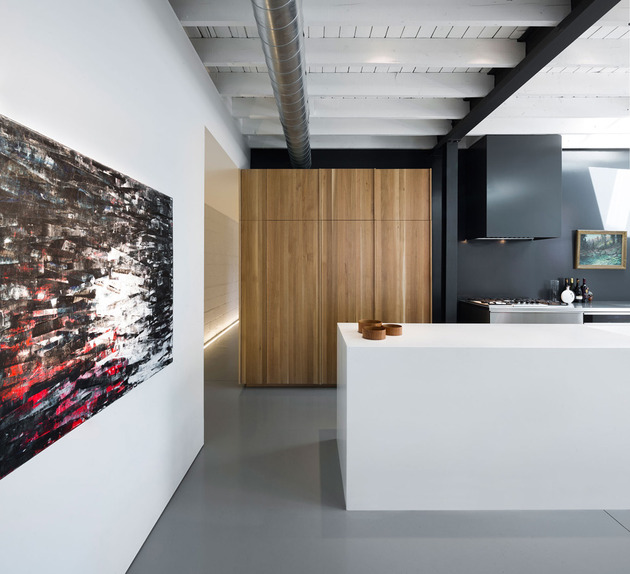 modern-commercial-conversion-inspired-by-montreal-mile-ex-3.jpg