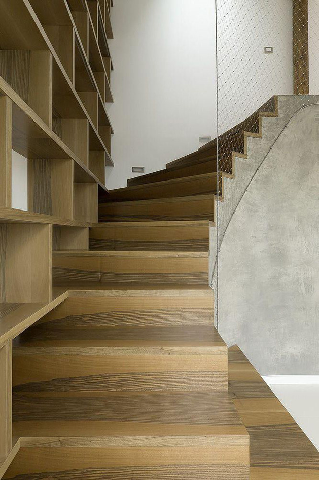 rounded-loft-with-flowing-floor-plan-seamless-style-7.jpg