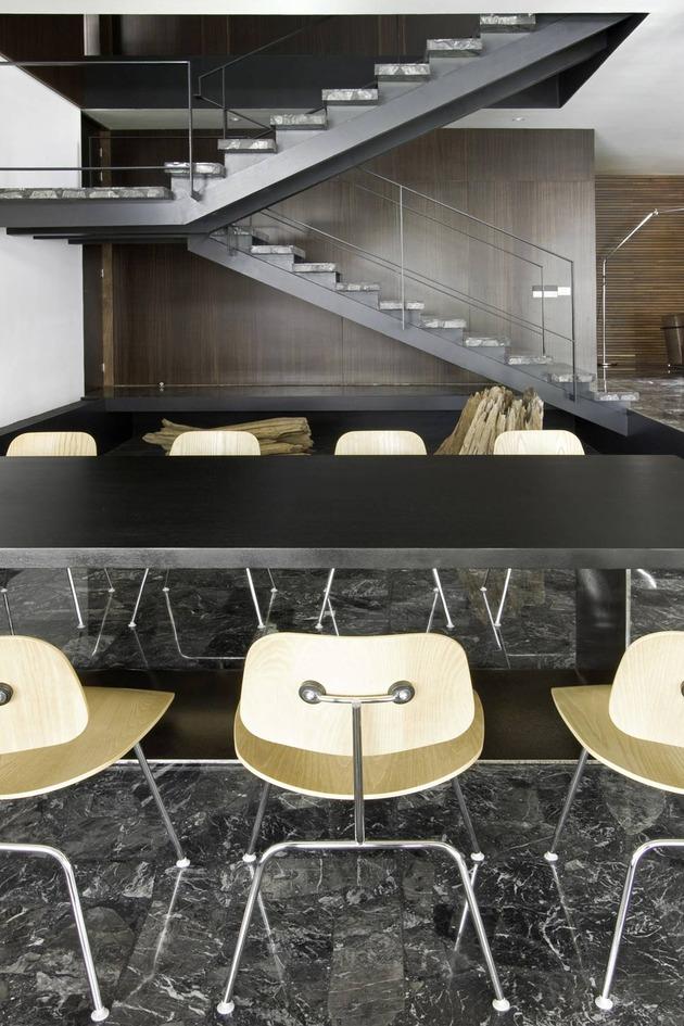 organic-interior-showcasing-raw-and-refined-wood-11.jpg