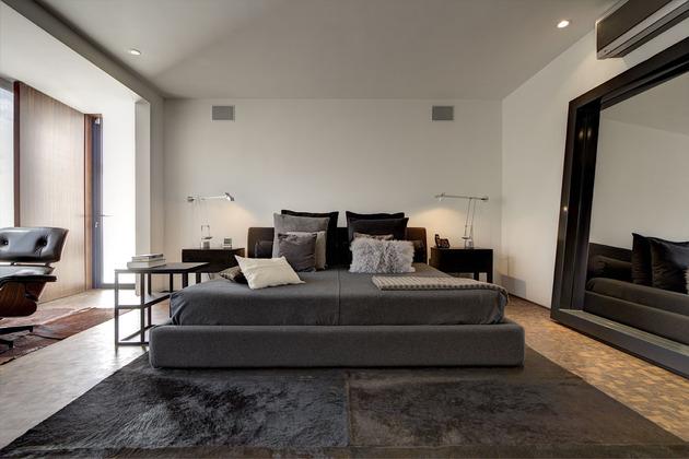 organic-interior-showcasing-raw-and-refined-wood-16.jpg