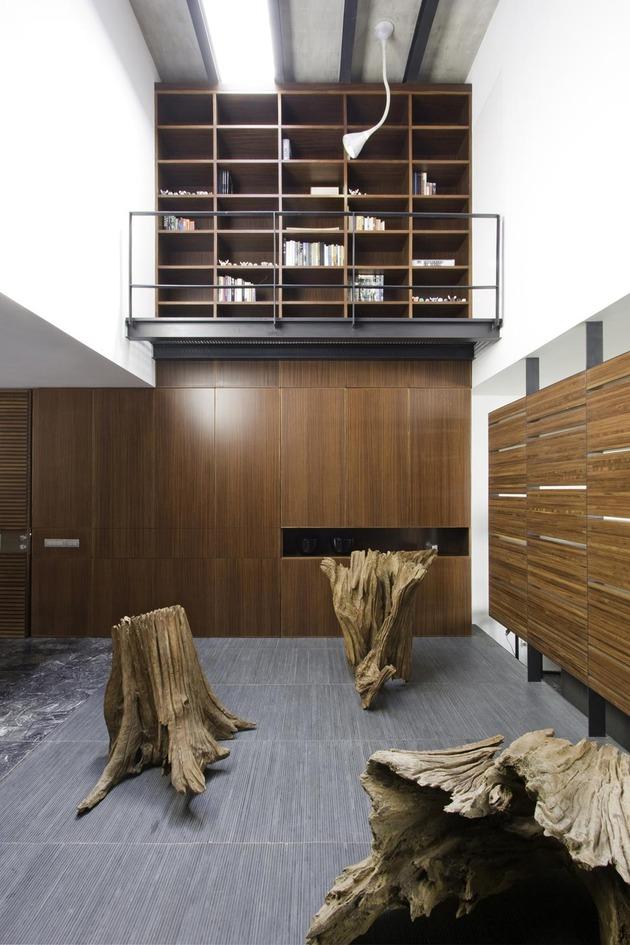 organic-interior-showcasing-raw-and-refined-wood-4.jpg