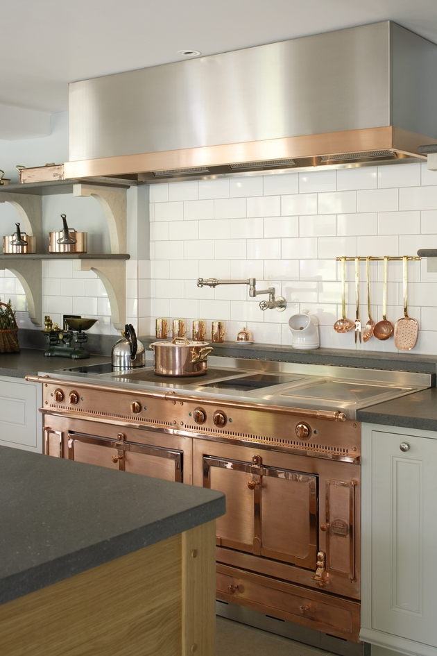 bespoke cook%E2%80%99s kitchen country elegance 2 thumb autox945 49828 Beautiful Edwardian Style Kitchen by Artichoke