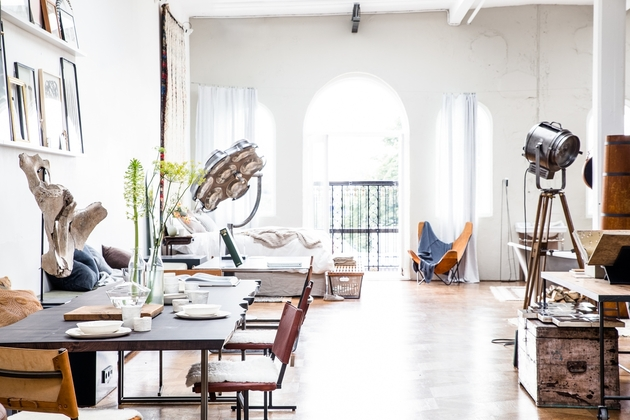 chic decor temporary spaces the playing circle 1 thumb 630xauto 50349 You Can Rent this Amazingly Chic Home Interior Space from The Playing Circle