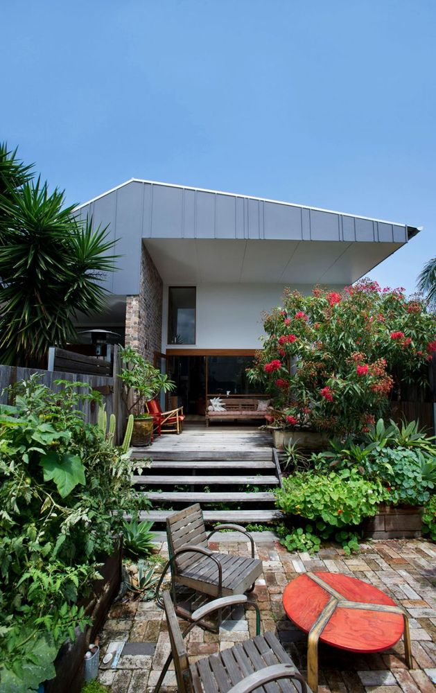 eclectic-small-house-plan-14.jpg