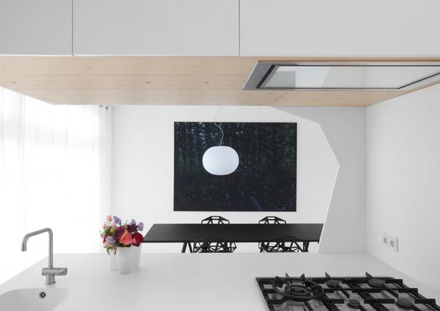 minimalist-apartment-white-walls-white-pine-white-light-6.jpg