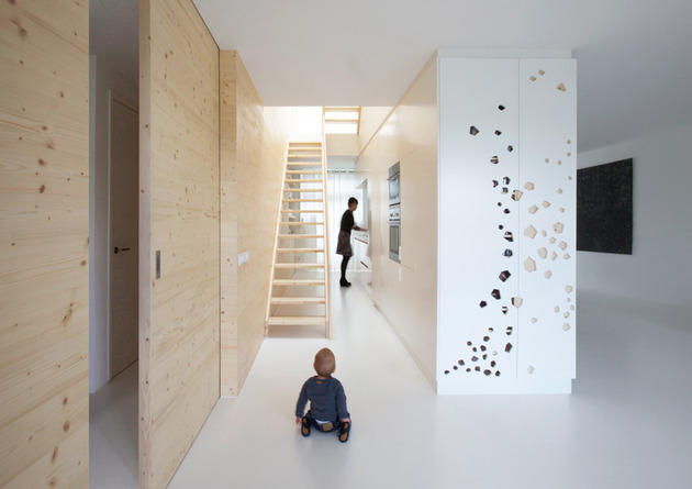 minimalist-apartment-white-walls-white-pine-white-light-7.jpg