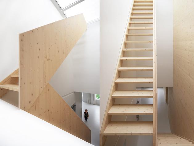 minimalist-apartment-white-walls-white-pine-white-light-9.jpg