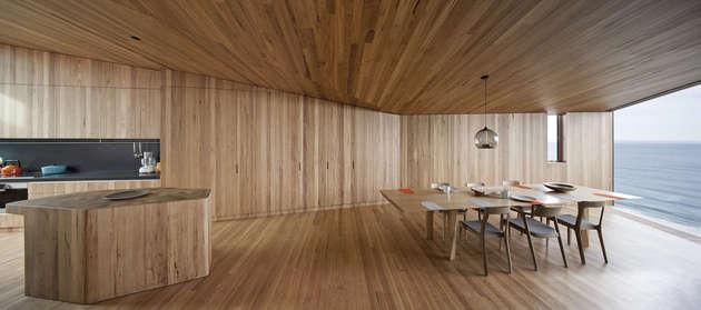 beach house wood interiors john wardle 1 thumb 630xauto 53855 The Wood and The Ocean: Beach House Interiors by John Wardle Architects