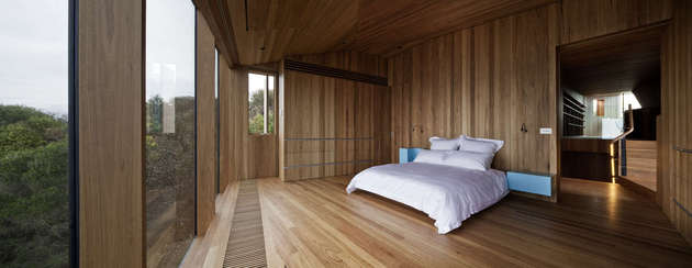 beach-house-wood-interiors-john-wardle-3.jpg
