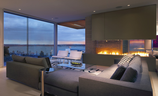 living room with a view of the ocean and of the fire 1 thumb 630xauto 53923 Living Room with a View of the Ocean and of the Fire