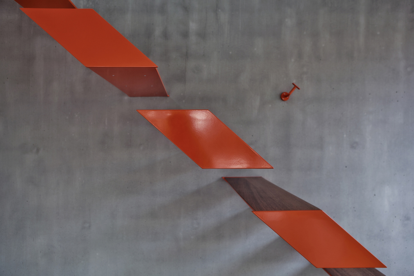 View In Gallery Modern Steel Staircase Design 4