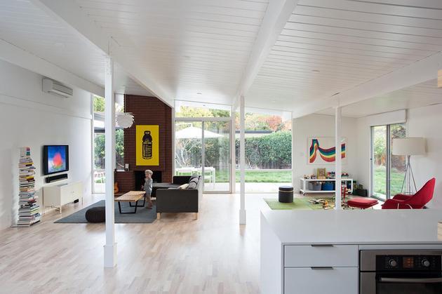 open-shelves-kitchen-for-the-open-house-plan-4.jpg